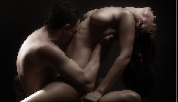 strastnie-golie-krasivie