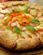 Галета с персиками и абрикосами , персики и абрикосы, галета с персиками, галета с абрикосами.